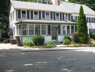 <div>39-41 Keefe Ave</div><div>Newton, Massachusetts 02464</div>