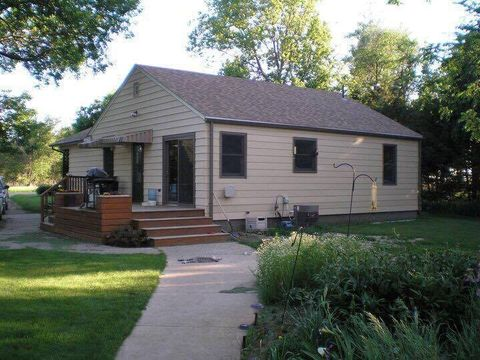 39762 233rd St, Woonsocket, SD 57385