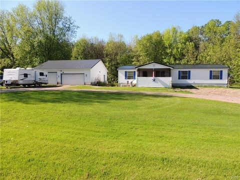 292 County Route 45, Hastings, NY 13076