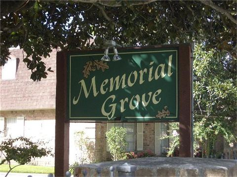 Photo of 9013 Gaylord Dr Apt 53, Hedwig Village, TX 77024