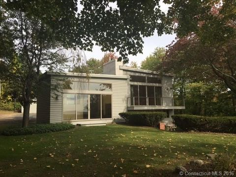 198 Westledge Rd, Simsbury, CT 06092