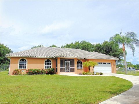 Groovy North Fort Myers Fl Recently Sold Homes Realtor Com Beutiful Home Inspiration Ommitmahrainfo