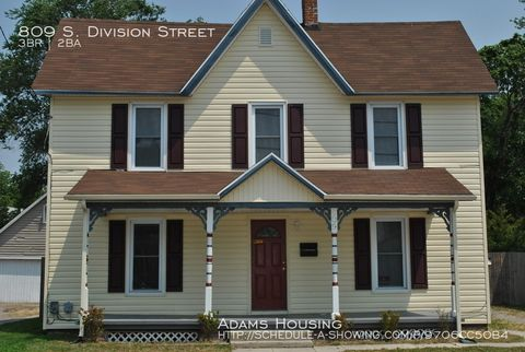 Photo of 809 S Division St, Salisbury, MD 21804