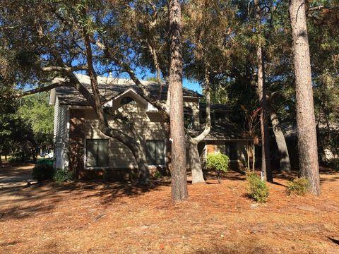 607 Birkdale Cir W, Niceville, FL 32578