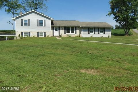 2940 Groves Mill Rd, Westminster, MD 21157