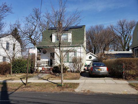 Photo of 111 Prospect Ave, Staten Island, NY 10301