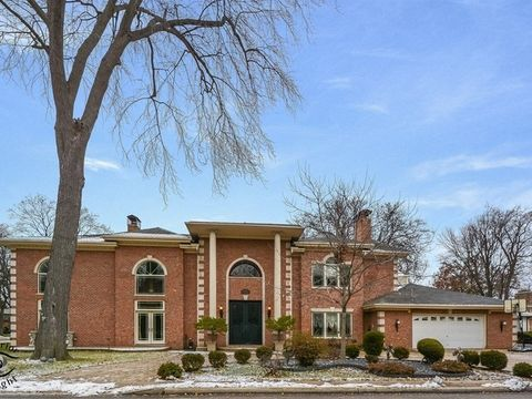 Photo of 6635 N Longmeadow Ave, Lincolnwood, IL 60712
