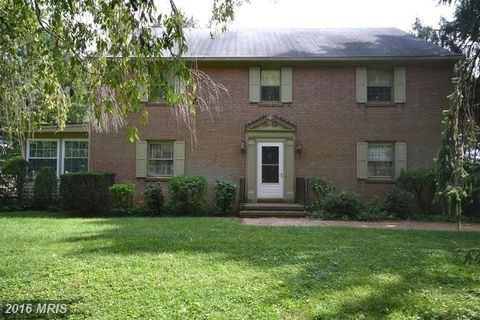 5623 Old New Market Rd, New Market, MD 21774