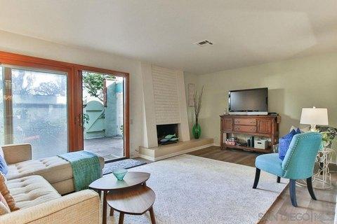 4252 Loma Riviera Ln, San Diego, CA 92110