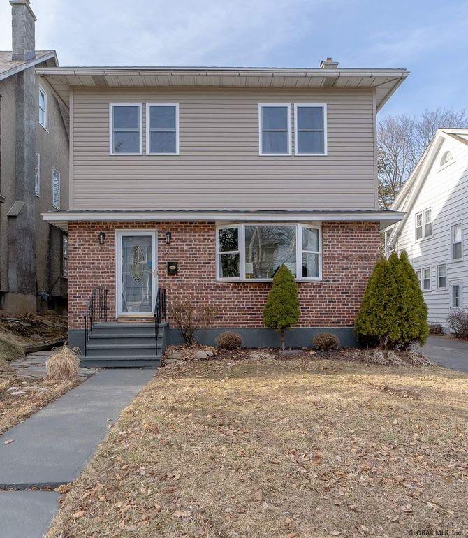 36 Brookline Ave Albany, NY 12203