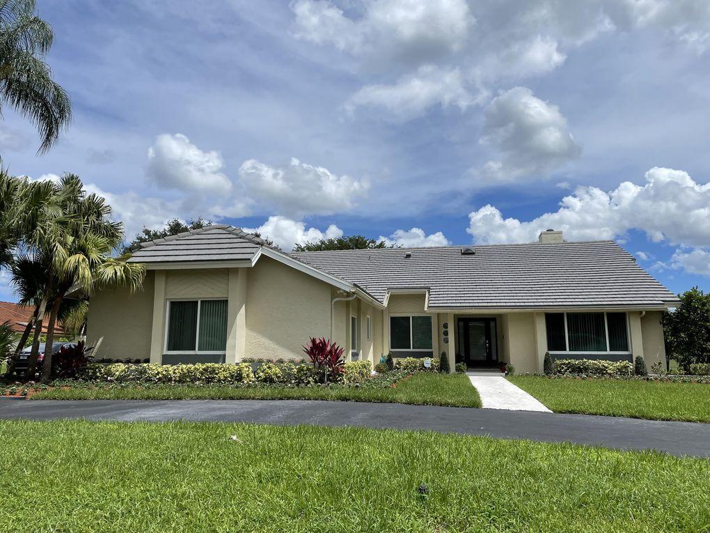 11933 Waterwood Dr Boca Raton, FL 33428