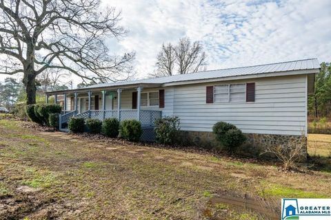Photo of 5138 Martin Dr, Adamsville, AL 35005