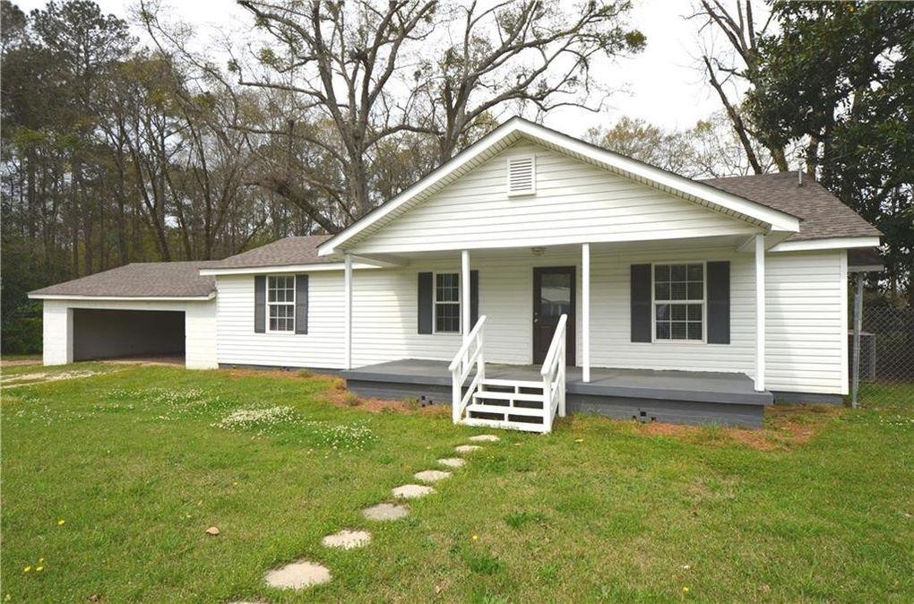 104 Morris Ave Opelika, AL 36801