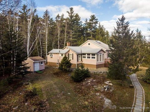 Photo of 23 Lymans Hill Rd, Southport, ME 04576