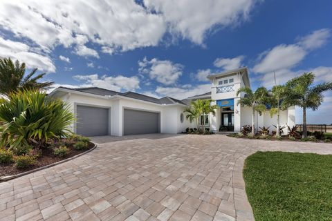 Photo of 248 Lansing Island Dr, Indian Harbour Beach, FL 32937