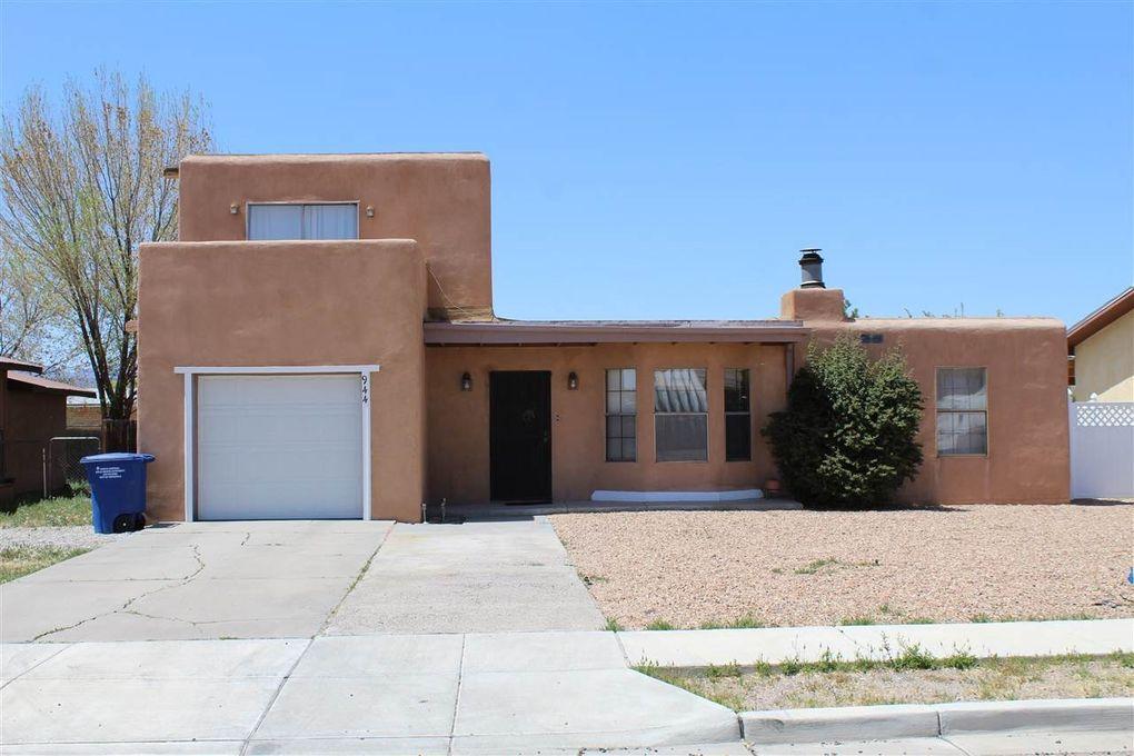 944 E Pueblo Dr Espanola, NM 87532
