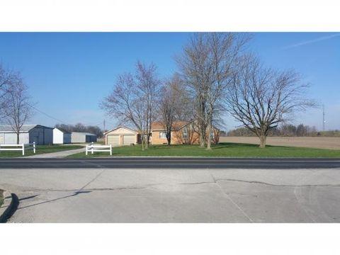 8691 N 300th St, Altamont, IL 62411