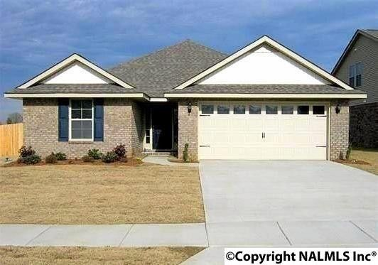 203 Ashbrook Cir, Harvest, AL 35749