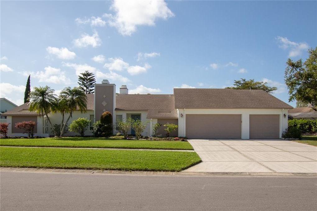 3716 Kingston Blvd, Sarasota, FL 34238