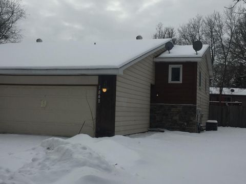 1842 106th Ave Nw, Coon Rapids, MN 55433