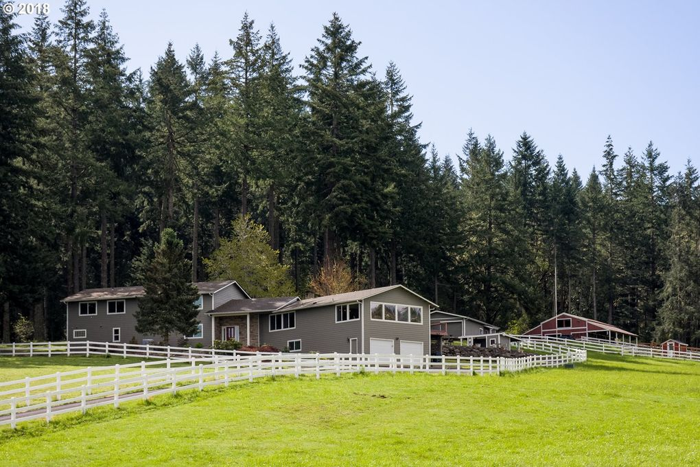 31748 Camas Swale Rd, Creswell, OR 97426