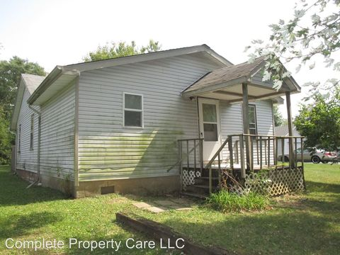 Photo of 816 N Bellaire Ave, Muncie, IN 47303
