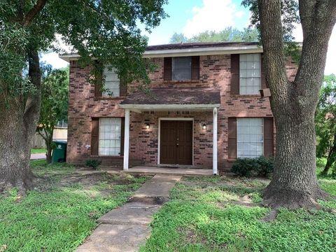 Photo of 6818 Thornwild Rd, Houston, TX 77489