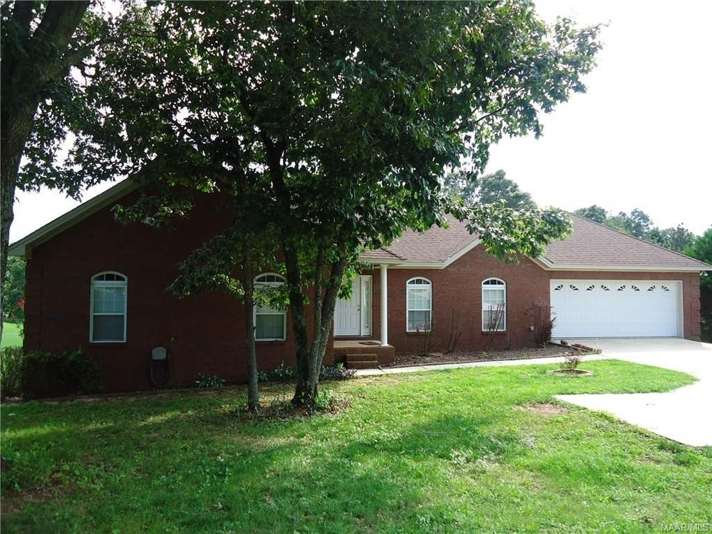 1518 White Cloud Dr, Prattville, AL 36022