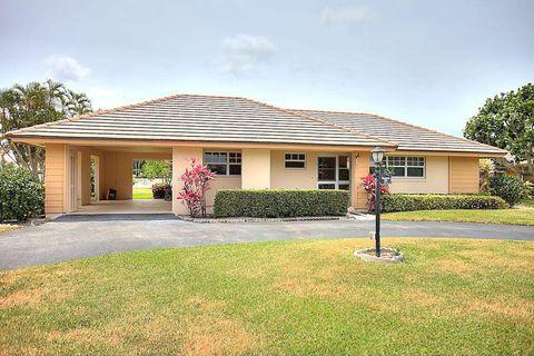 121 Clubhouse Blvd, Atlantis, FL 33462
