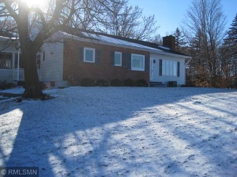 Photo of 657 Meeker Ave W, Eden Valley, MN 55329