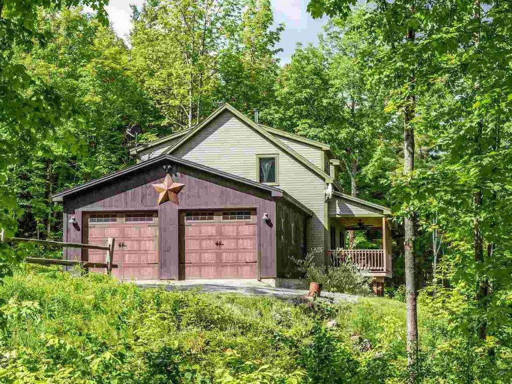 360 Farrell Farm Ln, Stowe, VT 05672
