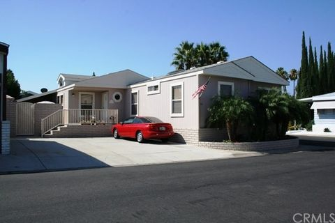 23301 Ridge Route Dr Laguna Hills CA 92653