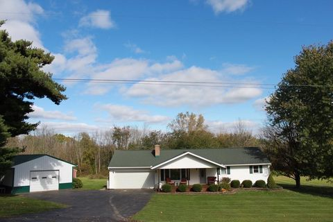 Photo of 3755 Mt Zion Rd, Lucas, OH 44843