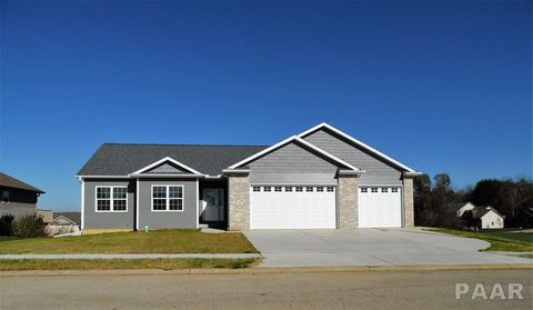 Photo of 18 Osprey Ct, Pekin, IL 61554