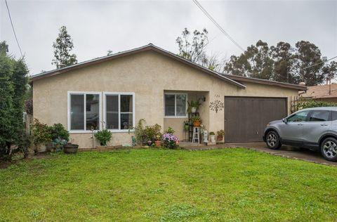 Photo of 726 E St, Ramona, CA 92065
