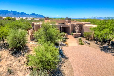 Photo of 13662 N Old Forest Trl, Oro Valley, AZ 85755
