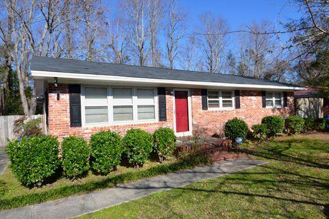 5419 Overbrook Rd, Wilmington, NC 28403