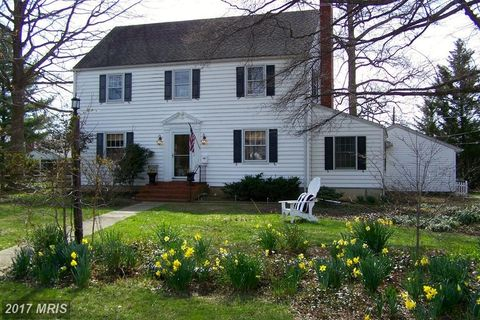 209 E Campus Ave, Chestertown, MD 21620