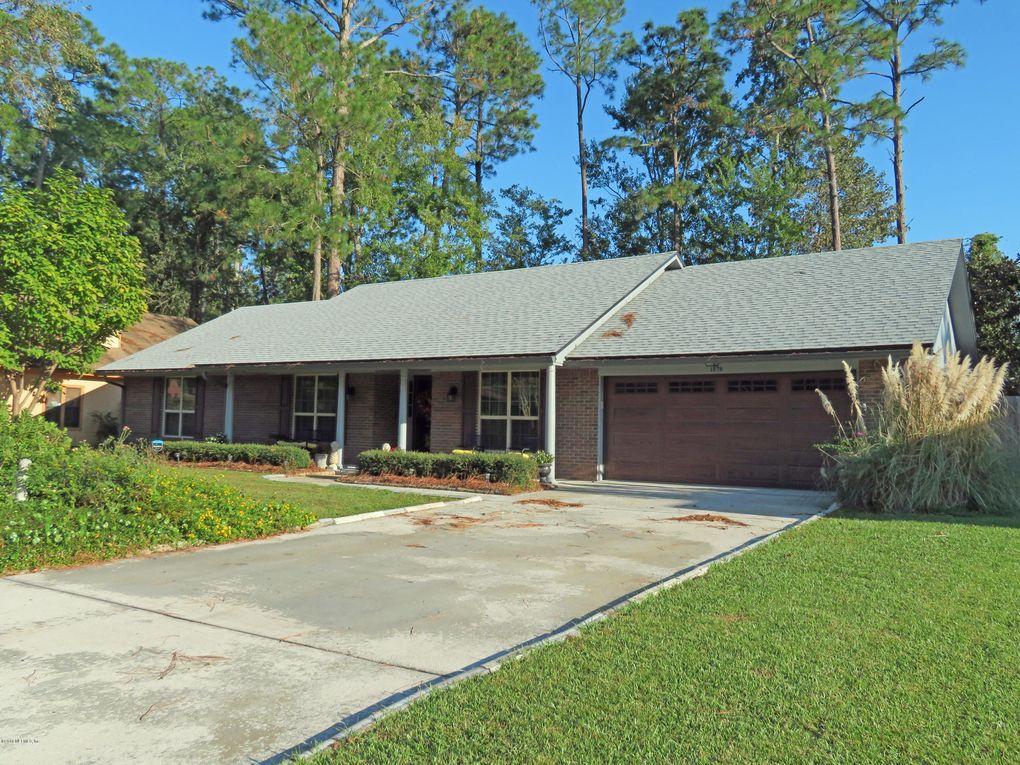 1578 Rivergate Dr, Jacksonville, FL 32223