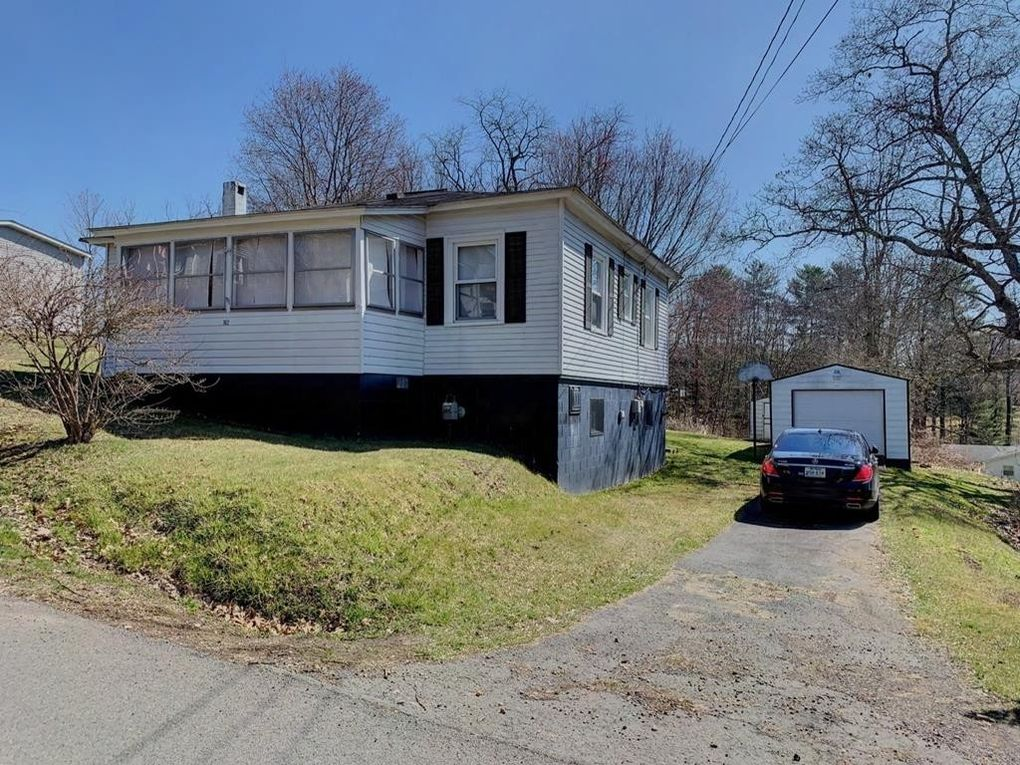 162 Mahan Ave, Beckley, WV 25801