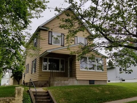 Photo of 109 New York Ave W, Gilbert, MN 55741