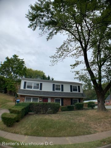 Photo of 13829 Greenwood Dr, Dale City, VA 22193