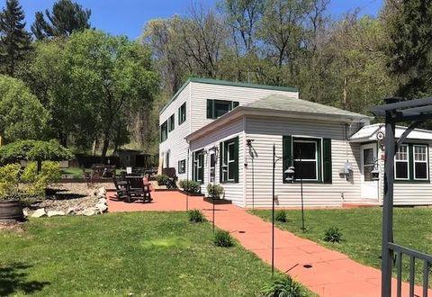 Photo of 4904 Jefferson Ave, Hopewell, PA 15312