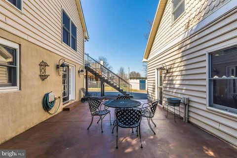 Photo of 322 S Jefferson St, Middletown, MD 21769
