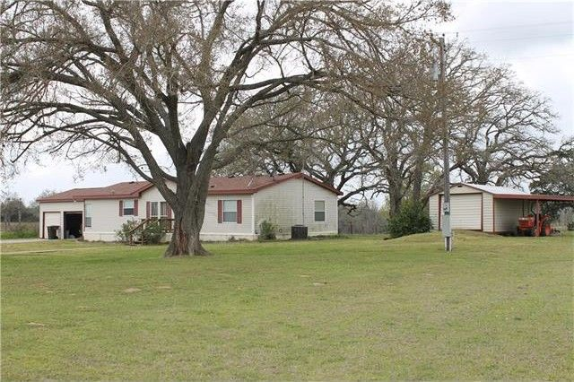 168 High St Rosanky, TX 78953
