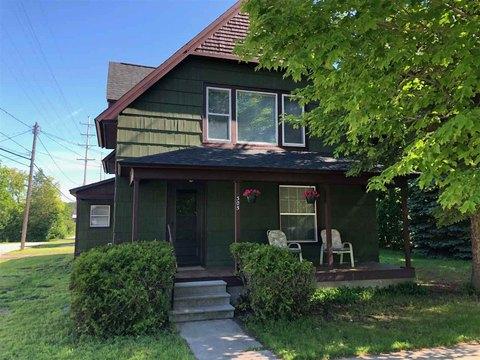 305 Garfield St, East Jordan, MI 49727
