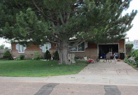 Photo of 415 W 9th St, Oakley, KS 67748