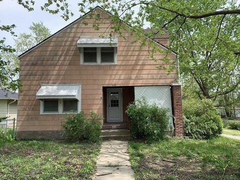 458 S English Ave, Marshall, MO 65340