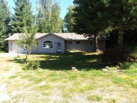 409 Hill, Smelterville, ID 83868