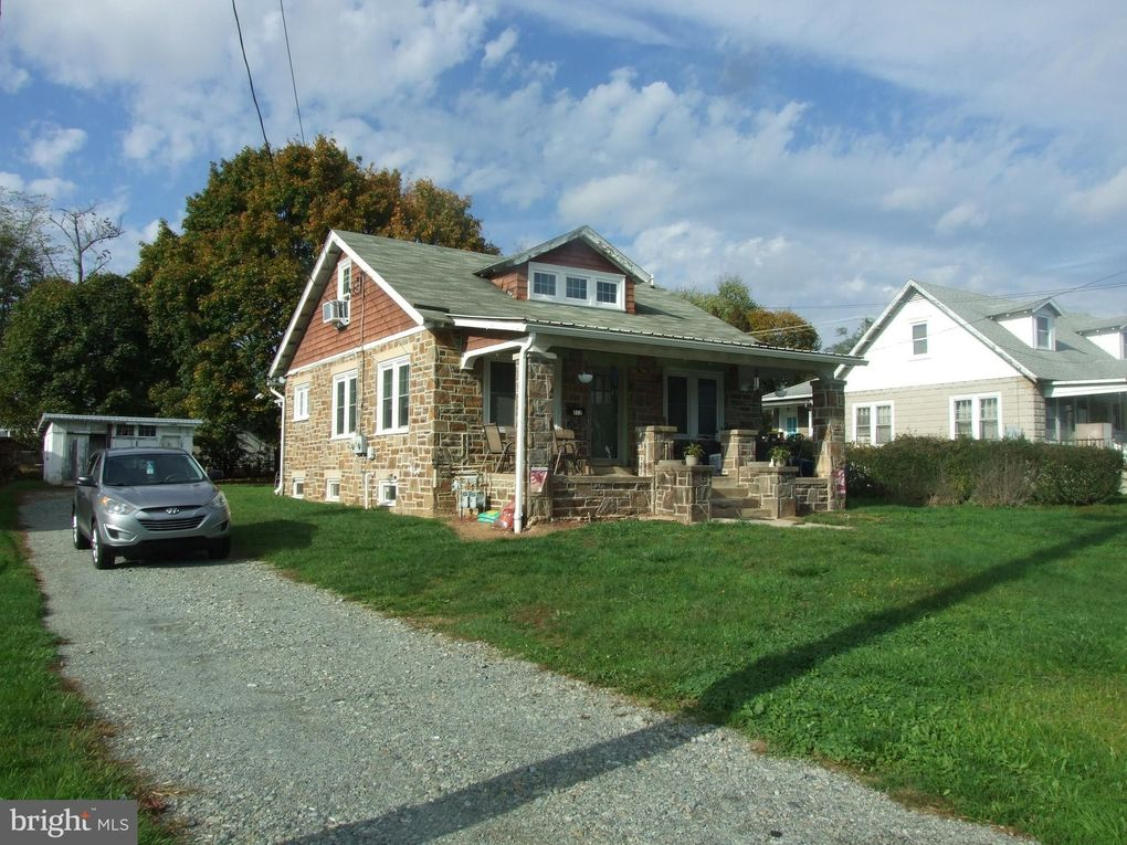 552 Lincoln St Oxford, PA 19363